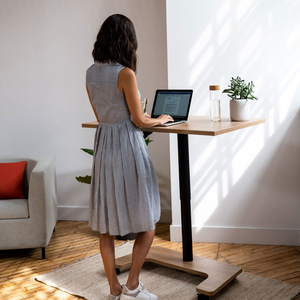 Modern Standing Desk - Non-Electric